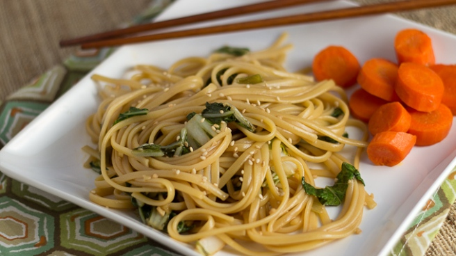 Chinese-Noodles-with-Greens-for-pbs