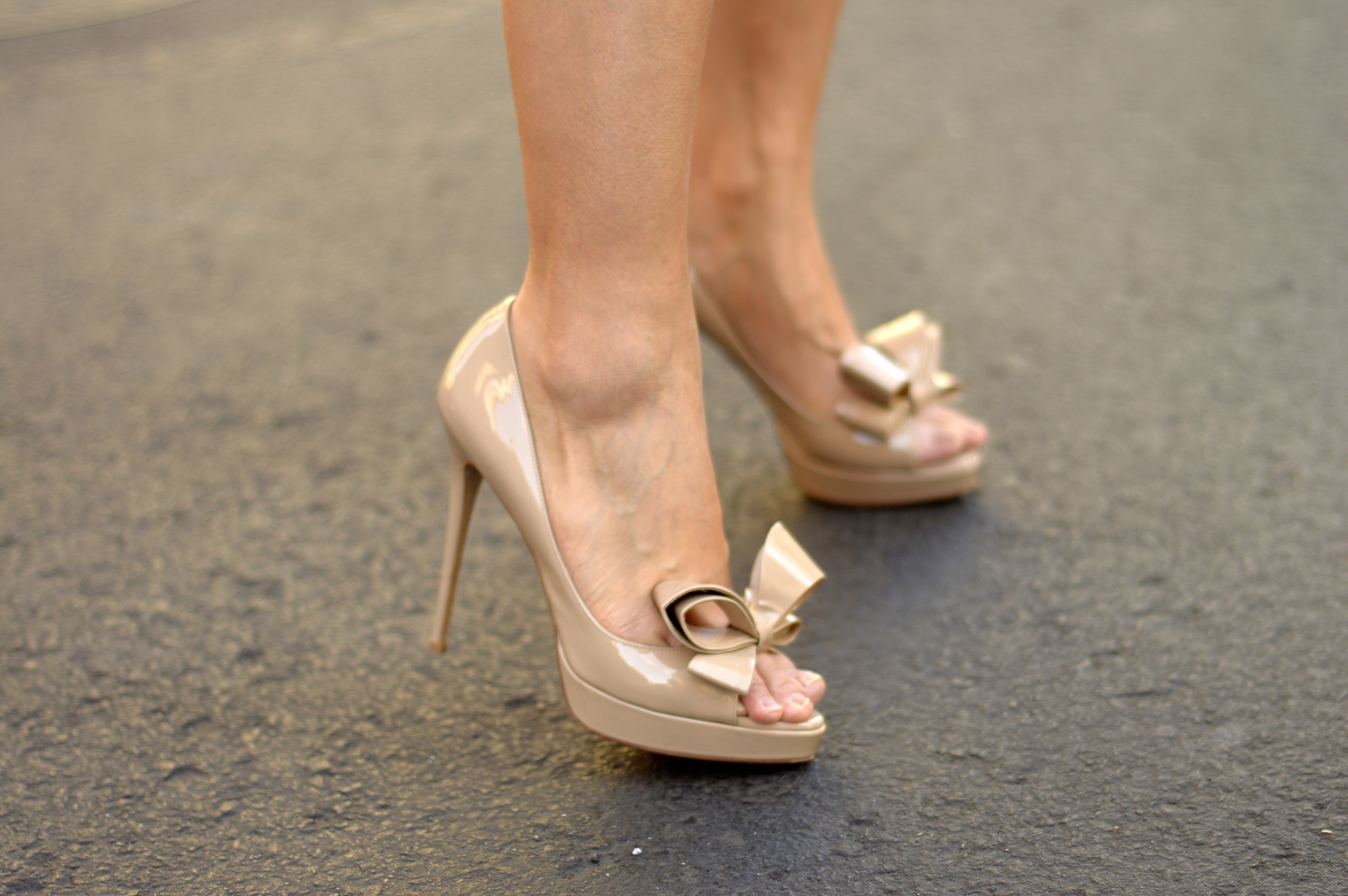 Nude Heels With A Bow
